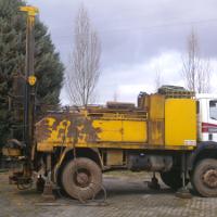 Investigación del suelo en un taller de vehículos